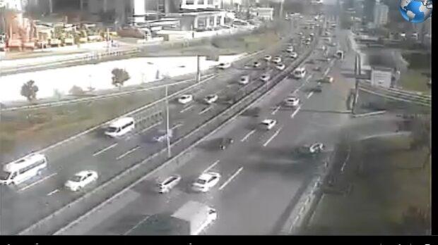 İstanbul Gülsuyu D100 Karayolu Canlı Kamera İzle