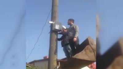 Akyazı Topağaç Mahallesine Muhtar Mobese Kurdu